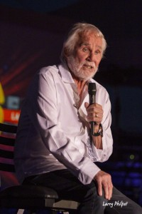 Kenny_Rogers_20160722_042