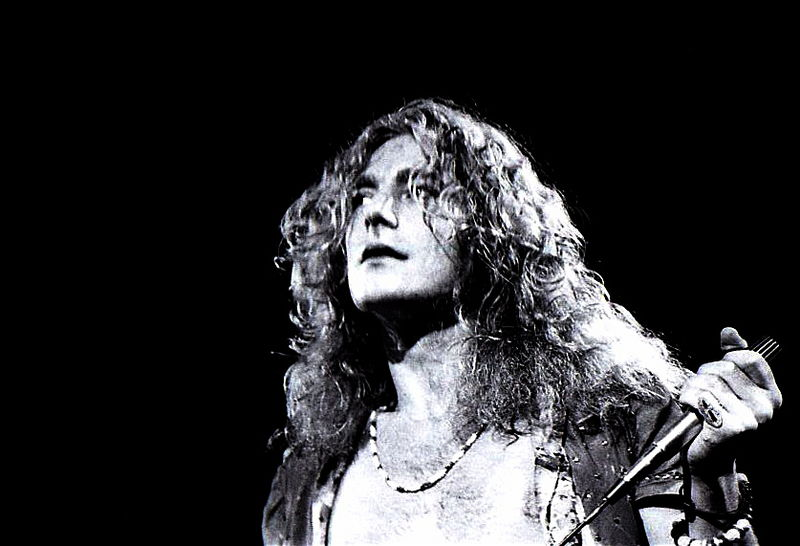 "The Real Reason for Robert Plant's Tears During ""Stairway to"